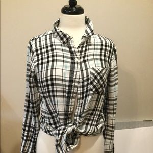 Long sleeve very soft button up top